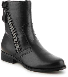 Two Lips Women's Molly Bootie