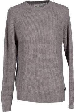 Lee Sweaters