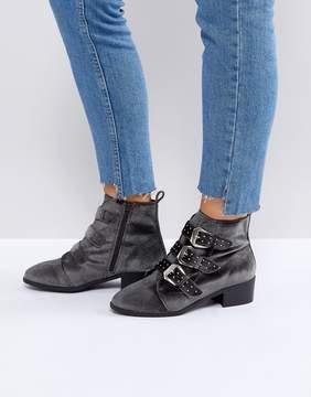 New Look Stud Western Velvet Pointed Ankle Boot