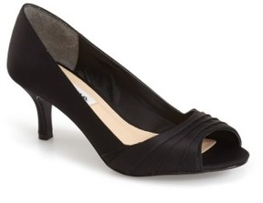 Nina Women's 'Carolyn' Peep Toe Pump