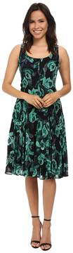 Donna Morgan Sleeveless Dress w/ Pleated Mid-Length Skirt Women's Dress