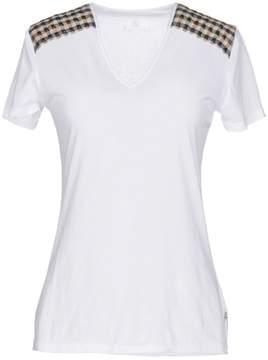 Aquascutum London T-shirts