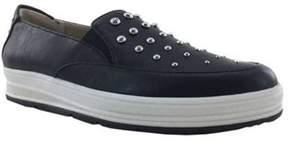 Adrienne Vittadini Women's Goldie Slip-on Sneaker.
