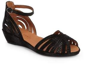 Gentle Souls Women's 'Leah' Peep Toe Wedge Sandal
