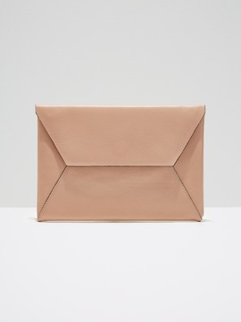The Teatro Leather Clutch in Dusty Pink