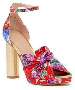 Chinese Laundry Flory Kimono Printed Platform Sandal