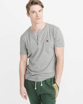 Abercrombie & Fitch Short-Sleeve Icon Henley