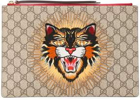 Gucci angry cat GG supreme clutch - NUDE & NEUTRALS - STYLE