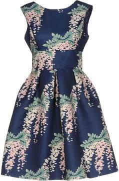 Darling Short dresses