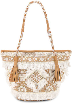 SHASHI Belly Tote in Beige.