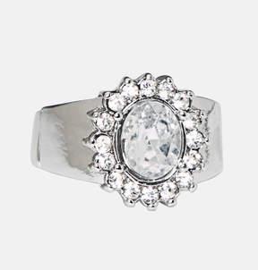 Avenue Stone Flower Stretch Ring