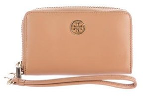Tory Burch Textured Leather Zip Wallet - BROWN - STYLE