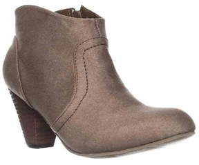 XOXO Aldenson Western Ankle Booties, Taupe.