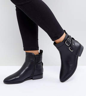 New Look Wide Fit Buckle Detail Boot