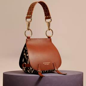 Burberry The Bridle Bag in Leopard-print Calfskin and Leather - TAN - STYLE