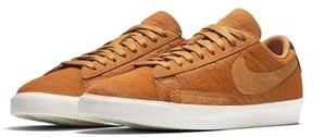 Nike Women's Blazer Low Lx Sneaker