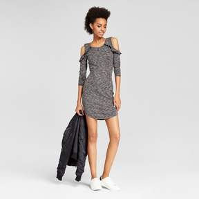 Almost Famous Women's Ruffle Cold Shoulder Ribbed Bodycon Dress Juniors') Gray/Black