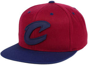 Mitchell & Ness Cleveland Cavaliers Rubber Weld Snapback Cap