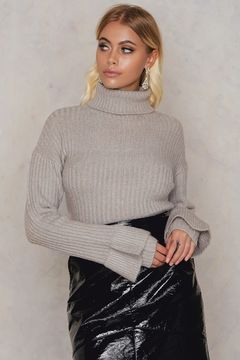 NA-KD Short High Neck Sweater