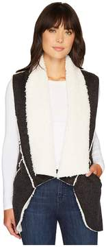 True Grit Dylan by Flannel Sherpa Road Trip Vest with Pockets Women's Vest