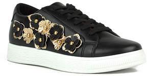 Refresh Black & Gold Action Sneaker