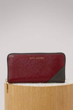 Marc Jacobs Saffiano Standard Continental wallet