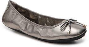 Me Too Women's Halle Metallic Ballet Flat