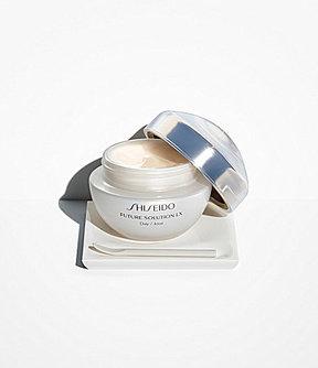 Shiseido Future Solution LX Daytime Protective Cream SPF 20