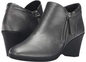 Steven Karrie High Heels