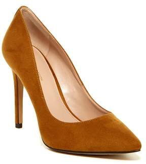 BCBGeneration Heidi Dream Pump