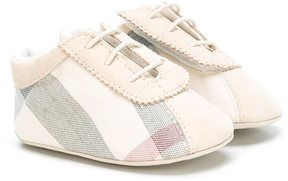 Burberry Kids check slip-on pre-walkers