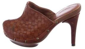 Bottega Veneta Leather Intrecciato Clogs