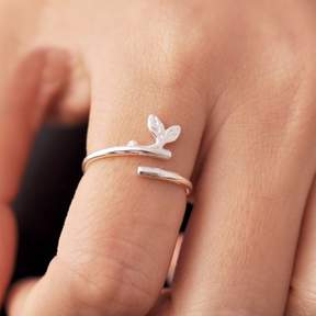 Alpha A A Silver Tone 2 Leaf Ring - One Size Fits all