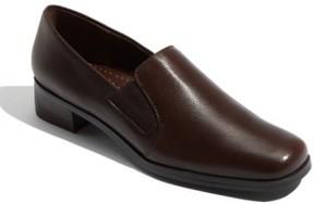 Trotters Women's 'Ash' Slip-On