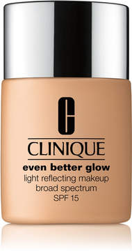 Clinique Even Better Glow Light Reflecting Makeup Broad Spectrum SPF 15