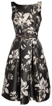 Eliza J Women's Belted Metallic Jacquard Party Dress
