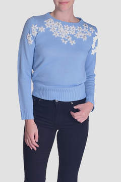 En Creme Daisy Embroidered Sweater