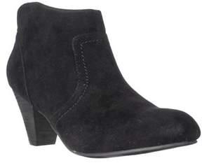 XOXO Aldenson Western Ankle Booties, Black.