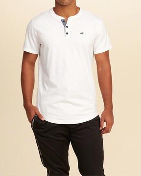 Hollister Must-Have Henley T-Shirt