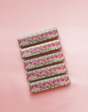Cynthia Rowley Marble Print Rolling Papers