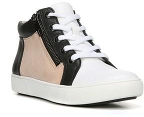 Naturalizer Women's Motley Sneaker