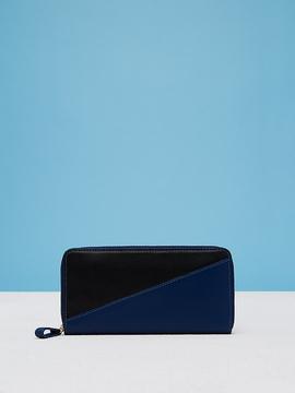 Diane von Furstenberg Zip Wallet