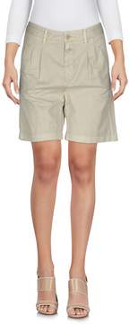 Closed Bermudas