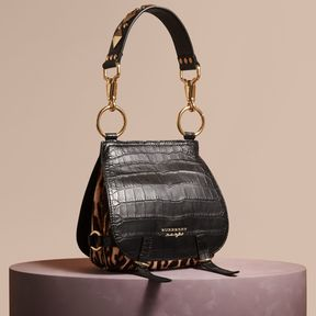 Burberry The Bridle Bag in Alligator and Calfskin - BLACK - STYLE