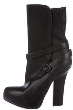 Bottega Veneta Leather Pointed-Toe Ankle Boots