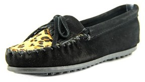 Minnetonka Leopard Kilty Round Toe Leather Loafer.