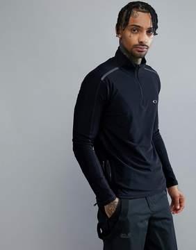 Oakley Training 1/4 Zip Baselayer Sweatshirt Slim Fit Reflective Details in Black