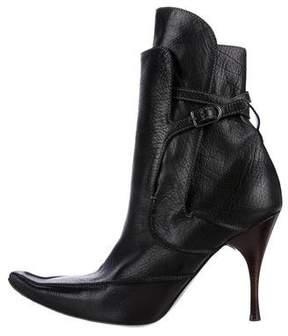 Bottega Veneta Pointed-Toe Leather Ankle Boots