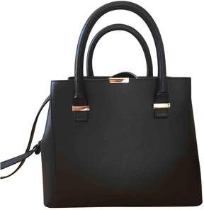 Victoria Beckham Quincy Black Leather Handbag