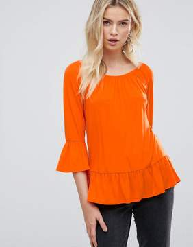 B.young Ruffle Tiered Sleeve Top
